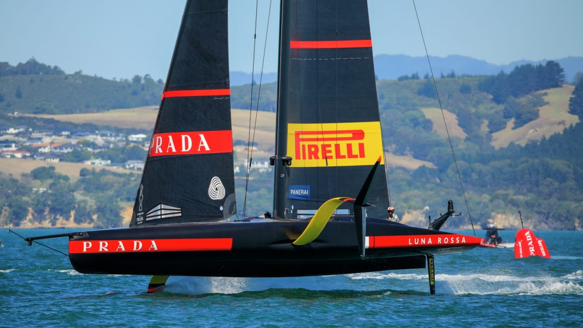 Sorry guys, this can happen: Luna Rossa gewinnt Prada Cup