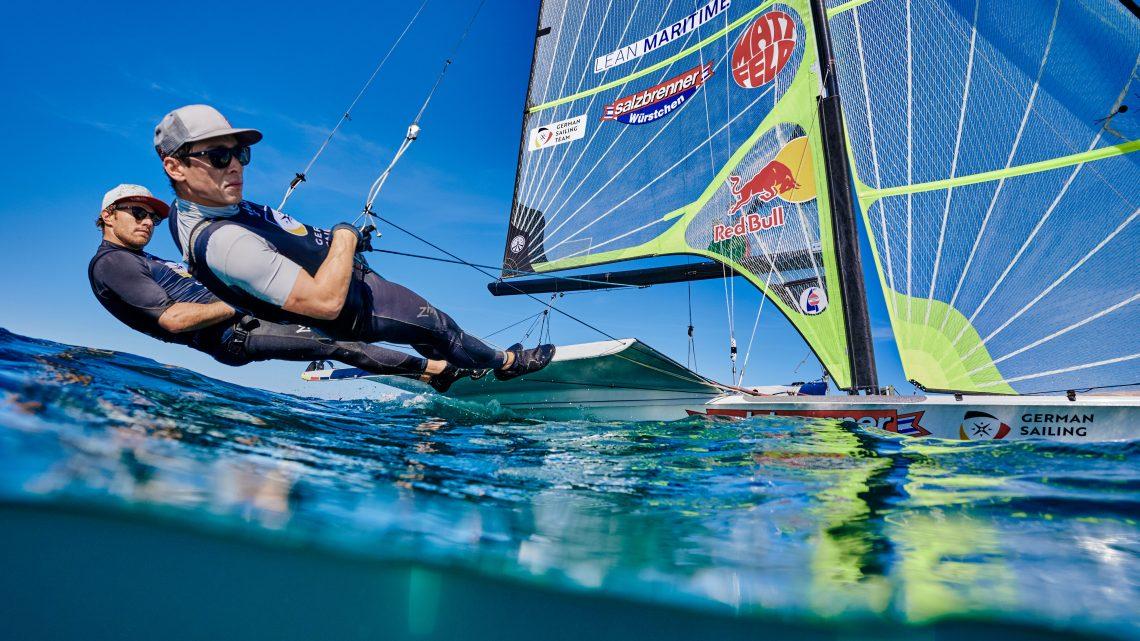 Olympia startet und die Kielbootwettfahrt findet auch statt
